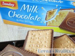 detailní pohled na máslové sušenky z Lidlu