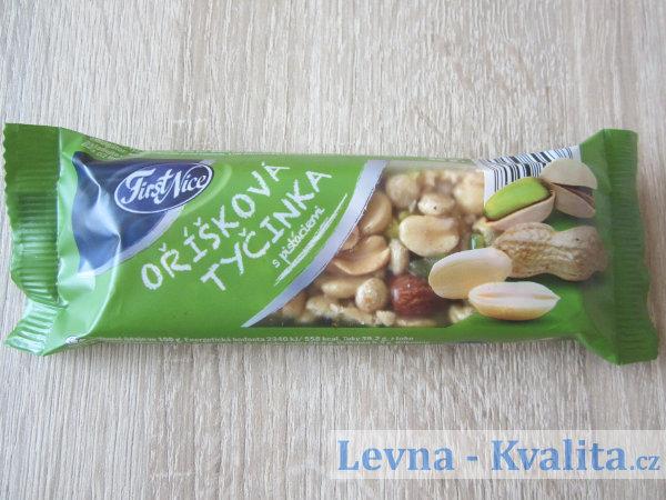 Tyčinka First Nice s arašídy, pistáciemi a mandlemi