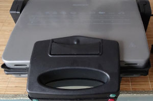 obrázek z recenze kontaktního grilu Silvercrest