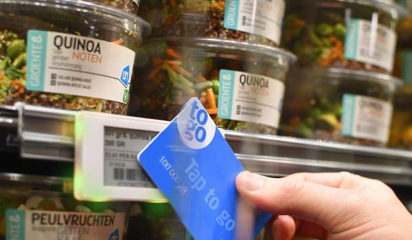 zákaznická karta Albert a samoobslužné nakupování Tap to go