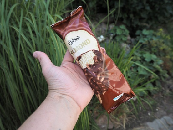 zabalená Gelatelli zmrzlina Almond